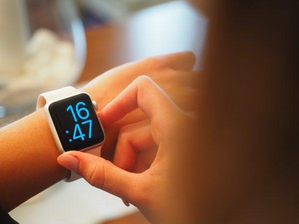 Smartwatch-ul genial care iti poate schimba complet viata de zi cu zi